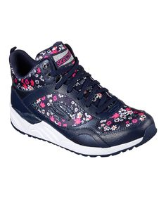 Take a look at this Skechers Navy & Pink Floral OG 95 Daisy Crazy Leather Sneaker today!