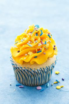 Light and Fluffy Banana Cupcakes with Banana Mousse Filling and Vanilla Buttercream