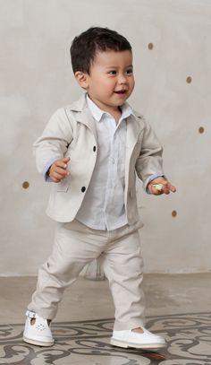 Conjunto chaqueta + camisa + pantalón algodón y lino Baby Boy Fashion, Kids Fashion, Baby Boy Outfits, Kids Outfits, Kids Girls, Baby Kids, Bridesmaids And Groomsmen, Dresses Kids Girl, Birthday Dresses
