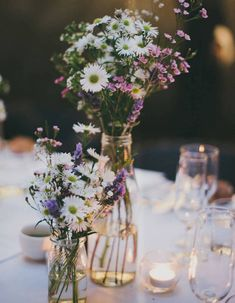 Table decoration, boho wedding, field and meadow flowers, small vases, wedding wedding decor decor ideas Meadow Flowers, Wild Flowers, Simple Flowers, Elegant Flowers, Flowers Garden, Exotic Flowers, Fresh Flowers, Deco Champetre, Easter Flowers