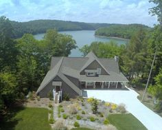 Enjoy a variety of affordable homes, condos and lake property available for sale in East Tennessee. Description from norrislakeliving.com. I searched for this on bing.com/images