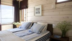 A fresh combination of blue and brown with wood. Honka log homes. Small Cabin Interiors, Log Home Interiors, Lakeside Cabin, Home Fashion, Log Homes, Coastal Living, Outdoor Furniture, Outdoor Decor, Bali