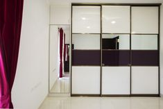 Armadio sliding wardrobe in high gloss, white-and-purple combination. The dominant white colour and mirror makes the room look larger. Bedroom Closet Design, Wardrobe Design, Beautiful Houses Interior, Beautiful Interiors, Warm Vs Cool Colors, Modern Design Pictures, Modular Wardrobes, Coral Colour, Colour Colour