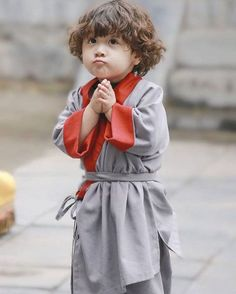 Shrink your URLs and get paid! Cute Asian Babies, Korean Babies, Asian Kids, Cute Babies, Baby Boy Pictures, Baby Photos, Cute Baby Boy, Baby Kids, Cute Kids Pics