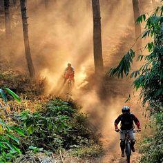 RG kiagus_yullyan: Dusty trails at Mount Manglayang Bandung Indonesia. http://instagr.am/p/8_yVDcjnzA