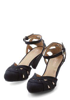Currant Scones Heel in Black