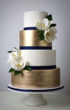 Gorgeous winter wedding cakes ideas trends in 2017 12