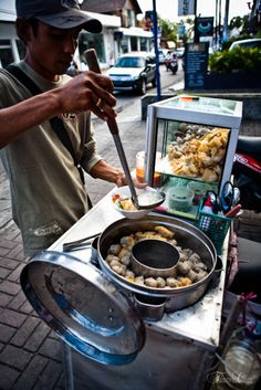 the street food ... how I miss this!! I can imagine the aroma & the taste ... I so miss my hometown!!