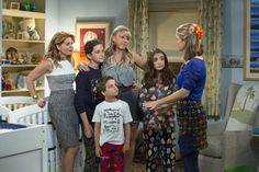 Kids' Choice Awards: 'Fuller House,' 'Finding Dory' & More Win Orange Blimps – Complete Winners List