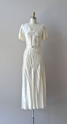 Millionth Star gown vintage 1930s wedding dress par DearGolden