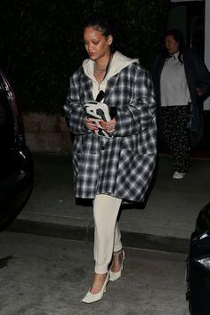 Late Night Dinner, Celebs, Celebrities, Rihanna, Celebrity Style, Normcore, Fashion Looks, Lingerie, Street Style