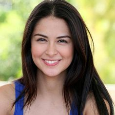 """There's no need for an expensive diet regimen or a gym membership to have a great body, according to Marian Rivera, considered by men's magazine FHM as """"Philippines' Sexiest. Filipina Actress, Filipina Beauty, Asian Woman, Asian Girl, Marian Rivera, Stunningly Beautiful, Hey Gorgeous, Celebrity Look, Celebrity Photos"""