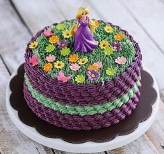 New birthday cake girls cute ideas Ideas Bolo Rapunzel, Rapunzel Birthday Cake, Birthday Cake Girls, Rapunzel Cake Ideas, Rapunzel Cupcakes, Tangled Rapunzel, Cute Cakes, Pretty Cakes, Beautiful Cakes