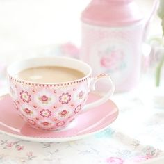 tea in pink Coffee Cups, Tea Cups, Coffee Time, Espresso Cups, Teapots And Cups, My Cup Of Tea, Rose Cottage, Shabby, Everything Pink
