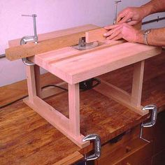 Woodworking Shop Layout #WoodworkingHouston Best Router Table, Making A Router Table, Build A Router Table, Dremel Router Table, Homemade Router Table, Using A Router, Woodworking Workbench, Woodworking Projects Diy, Woodworking Shop