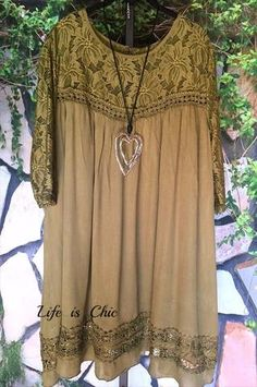 Life is Chic is the leading provider of women's trendy plus size clothing online. Our store specializes in one of a kind, plus size clothes. Plus Size Clothing Online, Trendy Plus Size Clothing, Plus Size Outfits, Online Boutiques, Green Dress, Vintage Inspired, Lace Dress, Boho, Origins