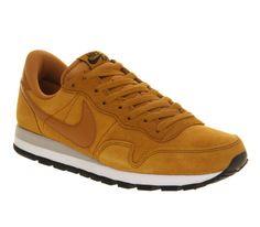 Nike Pegasus Gold Suede