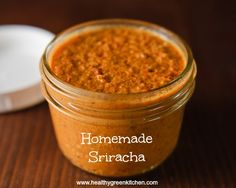 homemade sriracha from Healthy Green Kitchen. For Brian since he loves sriracha! Sauce Dips, Hot Sauce, Fish Sauce, Whole Food Recipes, Cooking Recipes, Healthy Recipes, Clean Eating, Healthy Eating, Healthy Food