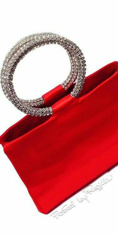Regilla ⚜ Judith Leiber, Red Satin Evening Handbag With Swarovski Crystal Supernatural Sty Fashion Bags, Fashion Shoes, Fashion Accessories, Nyc Fashion, Red Purses, Purses And Handbags, Bags Online Shopping, Judith Leiber, Holiday Fashion