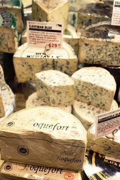 Roquefort is made exclusively from the milk of the red Lacaune ewes that graze on the huge plateau of Rouergue, Causses in the Aveyron. A genuine Roquefort has a red sheep on the label -- www. het is maar kaas Cheese Shop, Cheese Lover, Wine Recipes, Great Recipes, French Cheese, Artisan Cheese, Tapas, Wine Cheese, Gastronomia