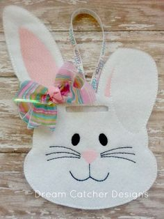 ITH Bunny Bank Felt Embroidery Design by DreamCatcherDesigns0