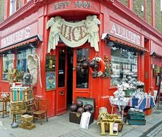 Alice's antiques in Notting Hill Loved shopping here-bought a plate.