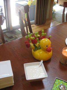 Duck edible arrangement Edible Arrangements, Baby Shower, Fruit, Recipes, Baby Sprinkle Shower, Baby Sprinkle, The Fruit, Recipies, Baby Showers
