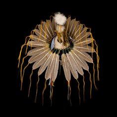 Plains style feather headdress/war bonnet 2128.12.01 (back view) ☩ «4Colors»™