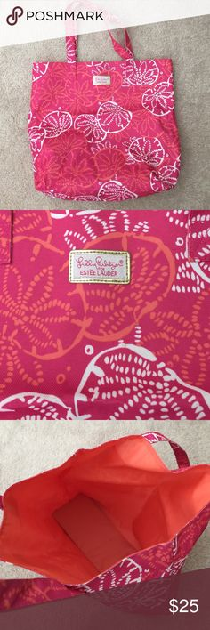 Lilly Pulitzer for Estée Lauder tote bag Fun and bright for the summer! Great tote bag with orange lining. Used one day at the beach. Great condition! Lilly Pulitzer Bags Totes