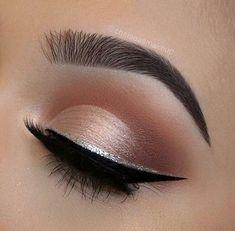 24 Make-up-Ideen für den Abschlussball - Prom Makeup For Brown Eyes Makeup Tricks, Eye Makeup Tips, Smokey Eye Makeup, Makeup Tools, Makeup Inspo, Eyeshadow Makeup, Makeup Inspiration, Makeup Ideas, Makeup Tutorials