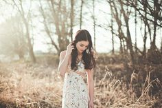 New photography poses women outdoors nature beauty 34 ideas Photography Poses Women, Photography Lessons, Sunset Photography, Winter Photography, Vintage Photography, Beauty Photography, Amazing Photography, Food Photography, Outdoor Photography