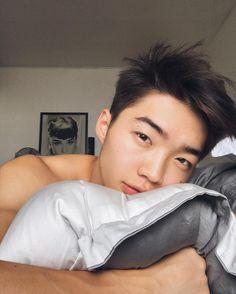 """Polubienia: 19 tys., komentarze: 369 – PARK YURI (@park_yury) na Instagramie: """"Доброе 'утро' """""""