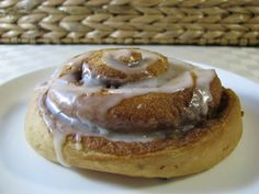 Bill Granger's Cinnamon Snail Rolls - with photos - A Thermomix Forum sharing recipes, ideas and questions. Yummy Treats, Delicious Desserts, Sweet Treats, Yummy Food, Thermomix Bread, Thermomix Desserts, Bill Granger, Cant Stop Eating, Breakfast Bake