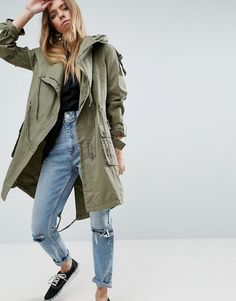 Buy Green Asos Parka for woman at best price. Compare Coats prices from online stores like Asos - Wossel Global B Fashion, Latest Fashion Clothes, Fashion Online, Cute Casual Outfits, Stylish Outfits, Fitness Workouts, Parka Outfit, Online Shop Kleidung, Asos Mode