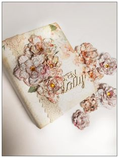 Pray Daily... This gorgeous collection has become very popular with Bible journaling and it is easy to see why. Stunning Prayer Journal using FabScraps C105 Collection.