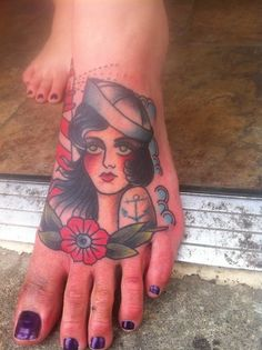 tattoo old school / traditional nautic ink - doll face / sailor pinup