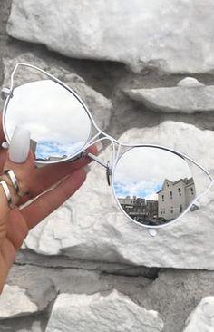 Sunglasses - Amelia - Rose Gold TopFoxx Sunglasses - Indecent in White/Silver Round Lens Sunglasses, Flat Top Sunglasses, Cute Sunglasses, Cat Eye Sunglasses, Sunnies, Mirrored Sunglasses, Sunglasses Women, Fake Glasses, Cool Glasses