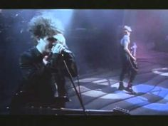 """Lullaby - The Cure, live """"Wish"""" tour 1992 (+playlist)"""