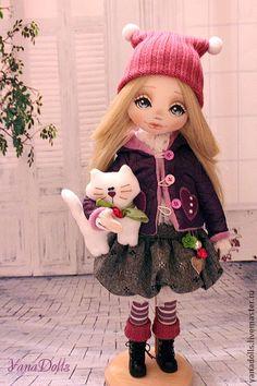 Коллекционные куклы ручной работы. Ярмарка Мастеров - ручная работа Iris. Handmade. Amigurumi Toys, Soft Dolls, Doll Crafts, Fabric Dolls, Needle Felting, Iris, Doll Clothes, Kids Outfits, Creations