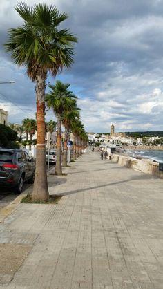 Leuca's promenade