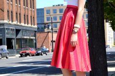 Stripe midi skirt + white tee / outfit inspiration