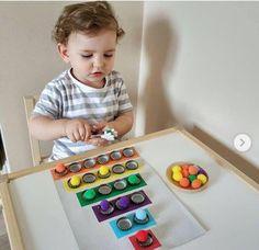 Preschool Learning Activities, Indoor Activities For Kids, Baby Learning, Infant Activities, Preschool Activities, Montessori Toddler, Toddler Play, Toddler Crafts, Baby Sensory Play