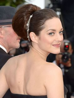Stylist secrets for 20 celeb-inspired, party-ready hairstyles: Marion Cotillard