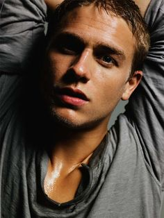 Charlie Hunnam...marry me??? I love this guy, major fan-girling is going on right now #SOA