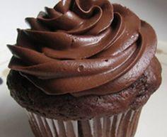 Cupcake Nega Maluca Desserts, Food, Sweets, White Chocolate, Snacks, Canela, Yummy Recipes, Skimmed Milk, Vanilla