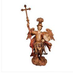 Excepcional imagem de São Miguel, em madeira com vestígios de policromia. Co 1m uma perna à frente; braço direito portando um cetro encimado por cruz   Villa Antica , leilão dias 20,21,22 e 23 de setembro às 20:30hs!  Villa Antica, auction days 20,21,22 and 23 September at 20: 30h!  WWW.IARREMATE.COM  #auction #remates #antiques #bid #villaantica #artesacra #oratorio #sanmichael #arcanjomiguel  #escultura  #antiques #decor #colecao #colecionismo #luxo #decor #iarremate #sculptor #art