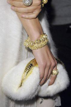 Mona Mina Love this Handbag!! http://www.boojibag.com