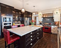 Westmark Construction is Vancouver Island's leading custom home builders for luxury new homes & large scale renovations. Let's talk about your dream home! Home, Home Kitchens, Custom Homes, Kitchen Dining Room, Home N Decor, Interior, Custom Home Builders, Kitchen, Interior Spaces