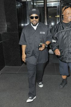 4f3a5eb234a4 Ice Cube wearing Converse Chuck Taylor All Star