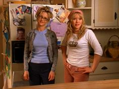 Twelve of Lizzie McGuire's Best Outfits | Royal-Inspired Lizzie